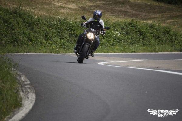 Test MissBiker: la nuova Suzuki SV650 - torna la fun bike 28