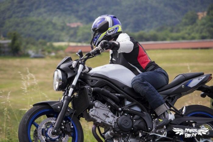 Test MissBiker: la nuova Suzuki SV650 - torna la fun bike 30