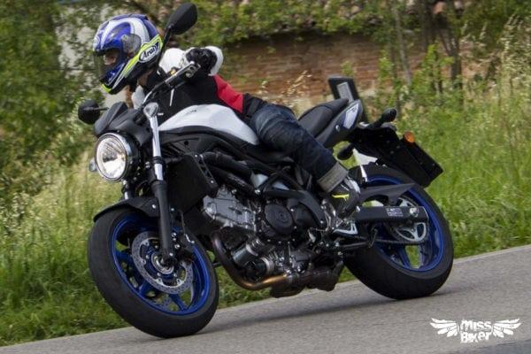 Test MissBiker: la nuova Suzuki SV650 - torna la fun bike 14
