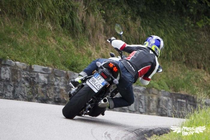 Test MissBiker: la nuova Suzuki SV650 - torna la fun bike 33