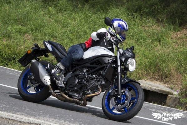 Test MissBiker: la nuova Suzuki SV650 - torna la fun bike 16