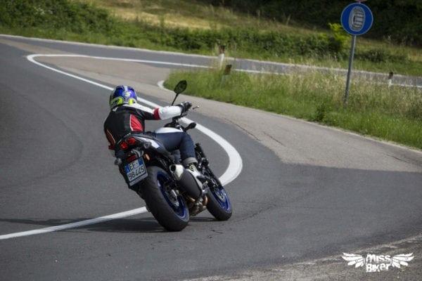 Test MissBiker: la nuova Suzuki SV650 - torna la fun bike 19