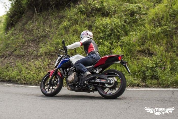 Test MissBiker: Honda CB500f 22