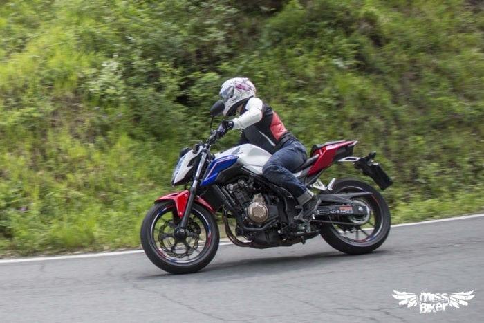 Test MissBiker: Honda CB500f 23