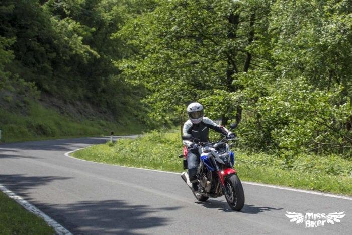 Test MissBiker: Honda CB500f 15