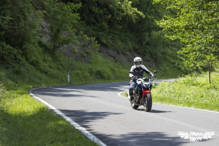 Test MissBiker: Honda CB500f 16