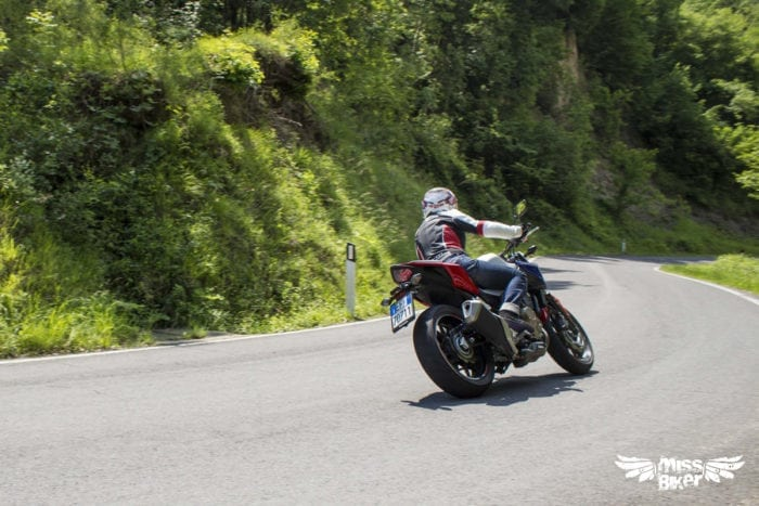 Test MissBiker: Honda CB500f 17