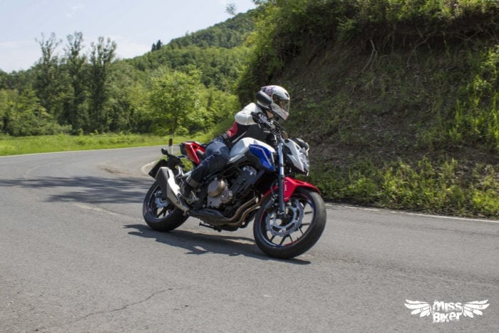 Test MissBiker: Honda CB500f 19