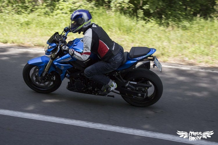Test MissBiker: Suzuki GSR750 SP ABS: il giusto equilibrio 15