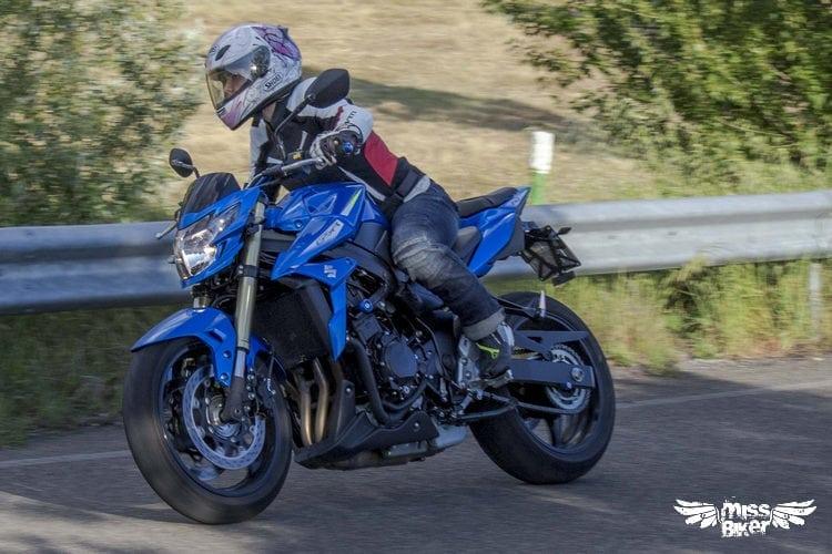 Test MissBiker: Suzuki GSR750 SP ABS: il giusto equilibrio 11