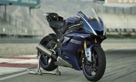 Yamaha YZF-R6 2017: Sofisticata. Ridisegnata. Eccezionale.