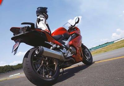 Bridgestone: la primavera sta arrivando, dai nuova energia alla tua moto!