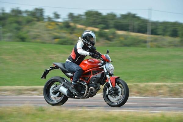 Ducati-Monster5