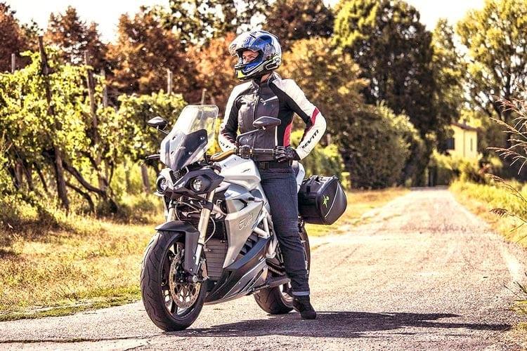 Test: Energica EVA – la moto che non ti aspetti