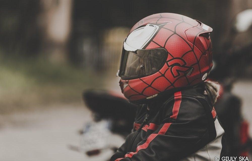 Test: CASCO HJC RPHA 11 – Marvel Spiderman