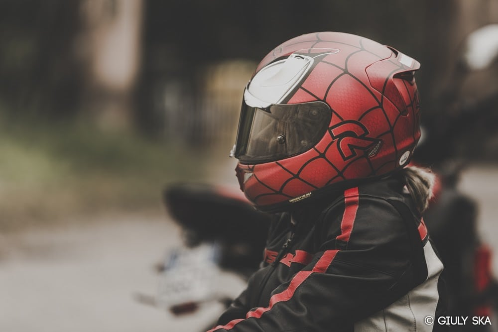 test casco hjc rpha 11 marvel spiderman missbiker. Black Bedroom Furniture Sets. Home Design Ideas
