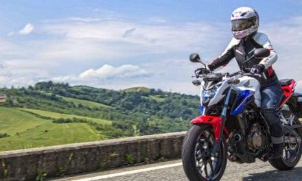 Tutorial: 8 Abilità Essenziali per Guidare una Moto