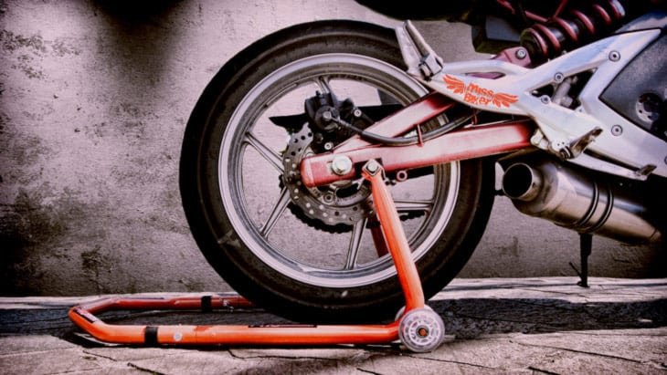 Test: Cavalletto Proworks 2 in 1 di XLMoto