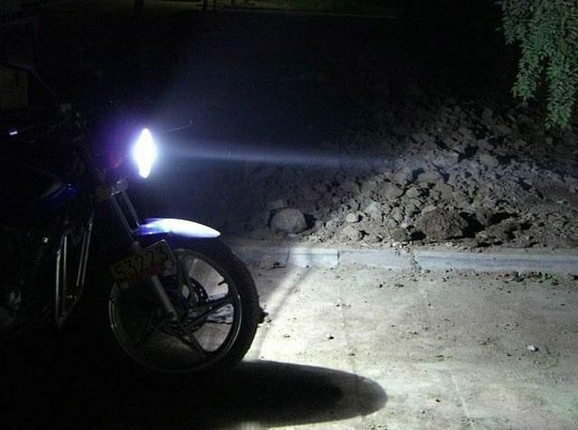 Tutorial: consigli per guidare la moto di notte